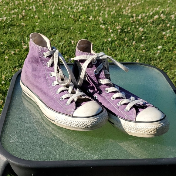 Converse Other - Purple Chuck Taylor All Star Converse size 6
